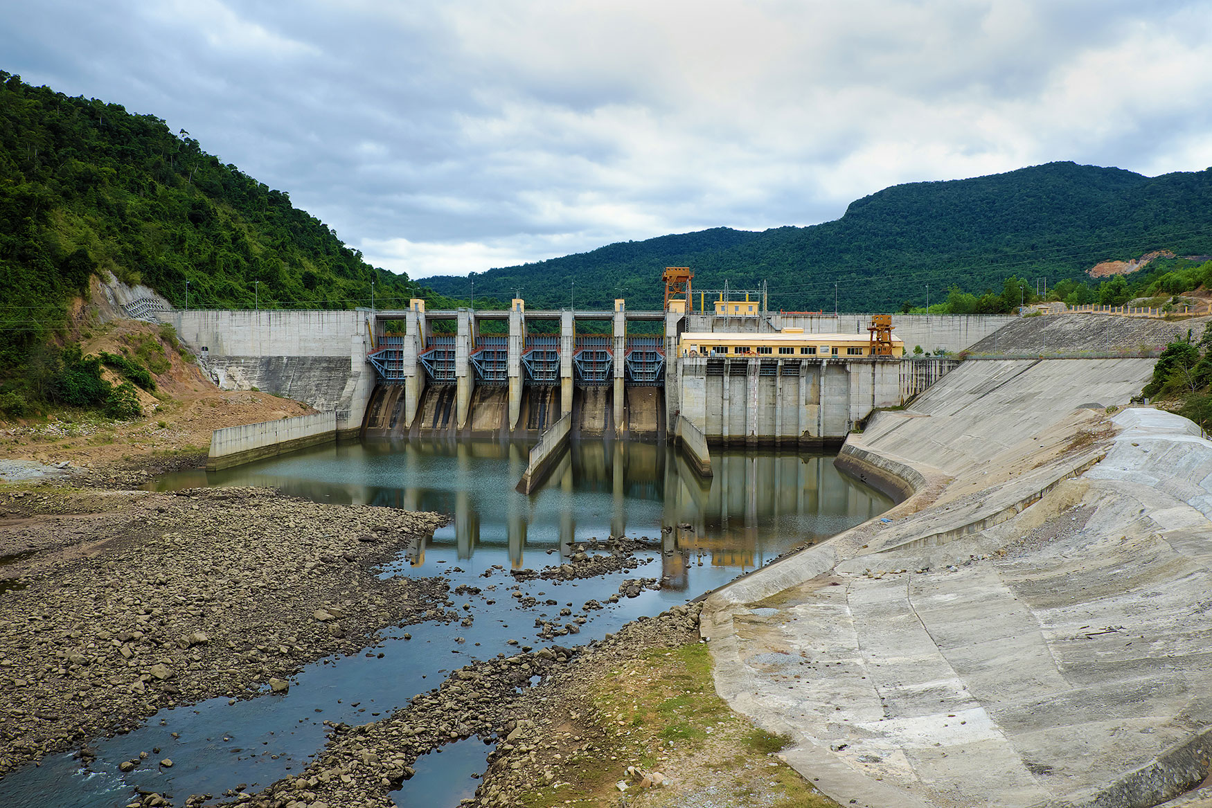 song-bung-hydroelectric-plant-l